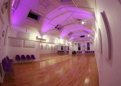 studio-1-night-lighting-dm-dance